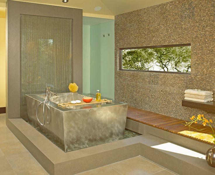 Drömmen om ett hemma-spa är för många just en dröm. Men kanske någon gång i framtiden... Här är inspirationen, riktigt lyxiga badrum.