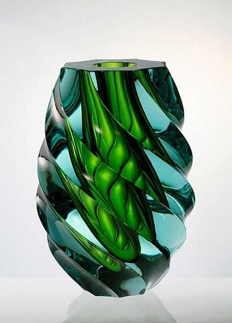 From the Czech Republic,a marvel: Green, Vase Twists, Prague Glasses And Cryst, Moser Glasses, Beautiful Glasses, Glasses Art, Crystals Vase, Czech Glasses, Art Glasses
