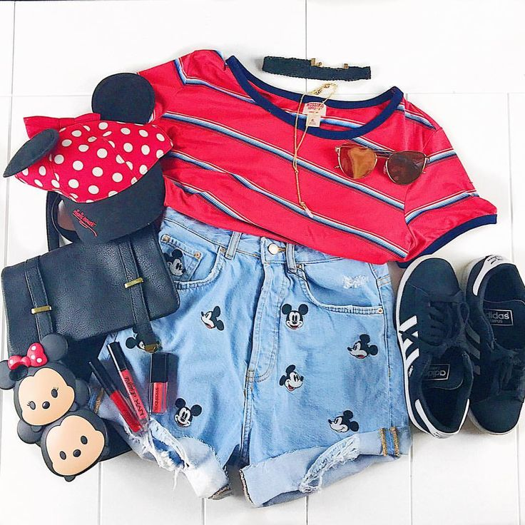 "430 Likes, 103 Comments - Meredith Bollinger (@meredith_bollinger) on Instagram: ""Just your everyday Mickey outfit. Ya know, to wear to the parks, or just on a Tuesday I'm sure…"""