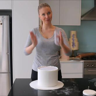 Covering with Fondant Felicity Cook | Living Creatively