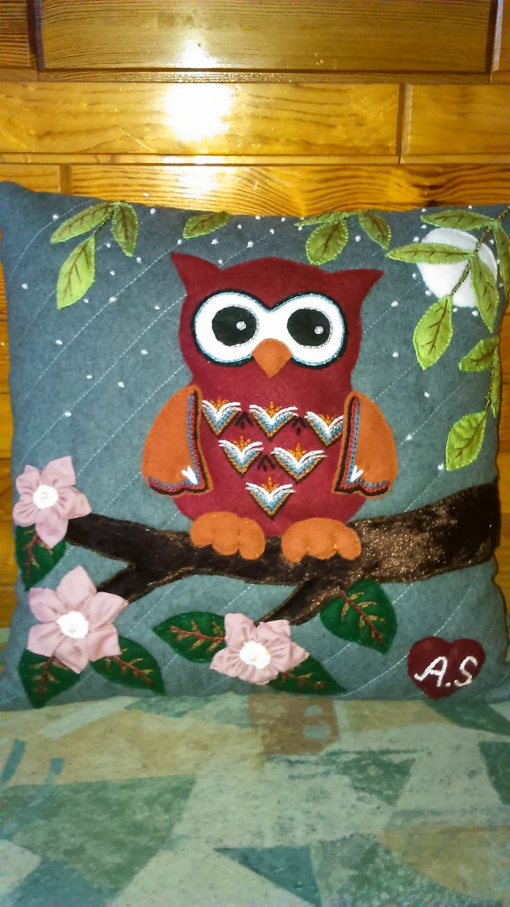 Another owl pillow. Appliqued and embriodered. Handmade by Alina Wodzińska