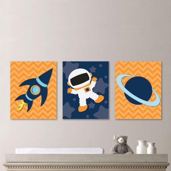 Lindos quadrinhos para compor o quarto com tema de espaço/ astronauta do seu bebê!