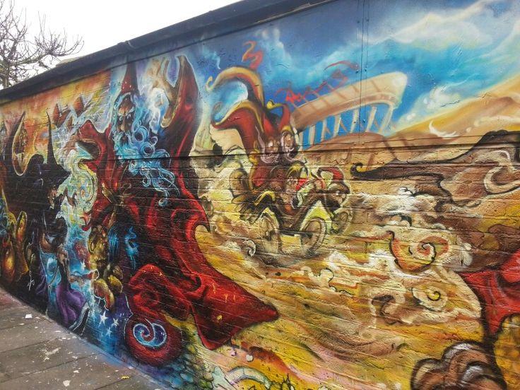 Terry Pratchett graffiti memorial 3.