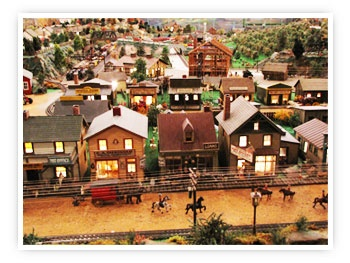 """ROADSIDE AMERICA is an unforgettable panorama of life in rural United States. The exhibit spans more than two hundred years in time and lets you see, in exquisite miniature, how people lived and worked in pioneer days … through the years since then … right up to the present. Shartlesville, PA ... http://www.roadsideamericainc.com/    """"You Have To See it To Believe It"""""""
