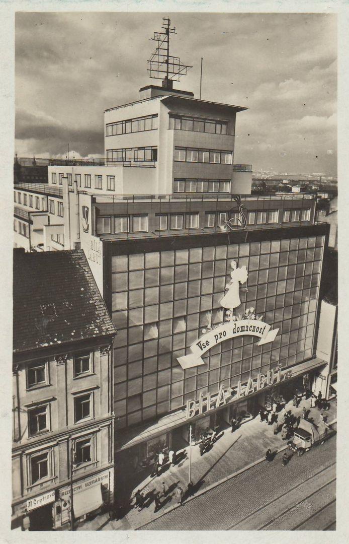 Obchodní dům Bílá labuť, Praha (The White Swan Department Store, Prague) (Arch.: Josef Kittrich and Josef Hrubý)