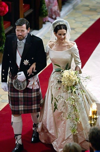 John Donaldson walks his daugther down the aisle in Copenhagen Cathedral; wedding of Crown Prince Frederik of Denmark and ms. Mary Donaldson, May 14th 2004