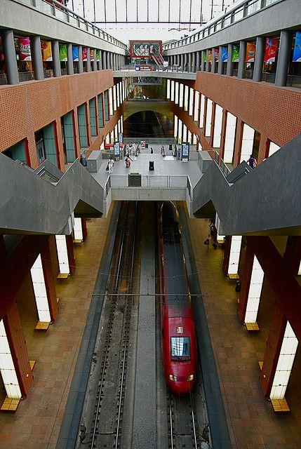 thalys high speed train antwerp station belgium in. Black Bedroom Furniture Sets. Home Design Ideas
