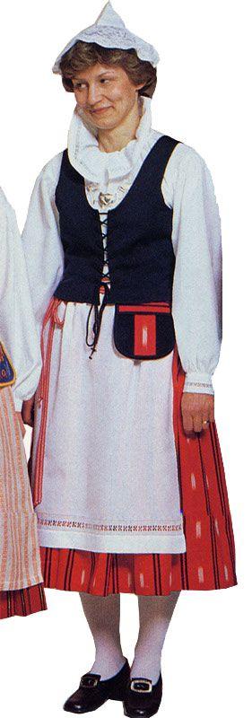 Hauhon naisen kansallispuku. Kuva © Helmi Vuorelma Oy