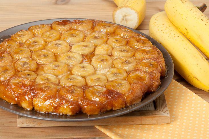 Banános fordított torta: fantasztikus, ahogy a gyümölcs sülés közben karamellizálódik
