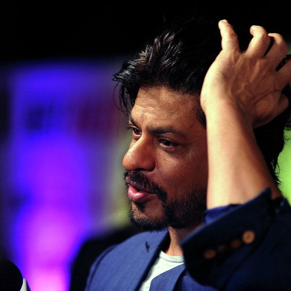 Суперзвезда Болливуда Шахрукх Кхан получил травму во время съемок