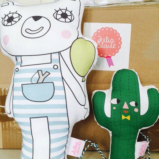 loving julia staite #juliastaite #delivery #bearrattle #knuffels #knuffelbeer  #cactusdeco #cactustoy #babygift #babyrattle #rammelaar #handmade #UK #screenprint #webshop #kisroomdeco #nursery #babykamerstyling #zwangerschap