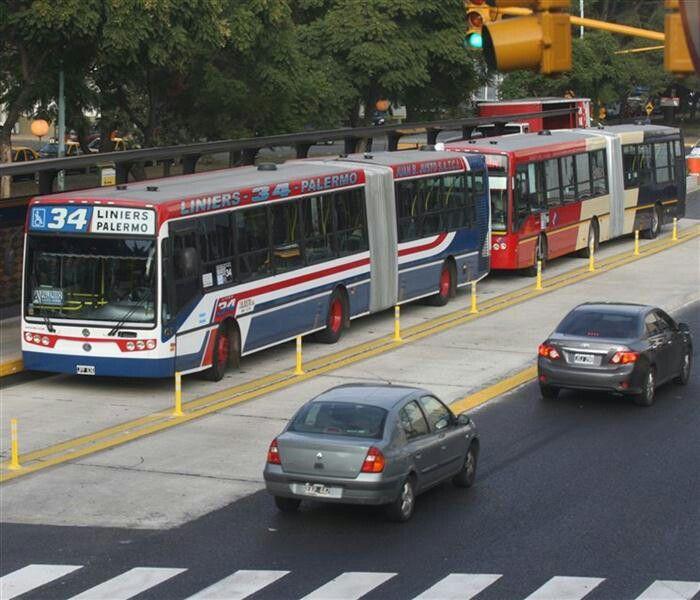 Metrobus Juan B Justo . Palermo-Liniers . Ciudad de Buenos Aires , Republica Argentina
