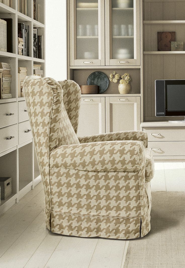 Poltrona Bergère di Scandola Mobili. / Bergère armchair by Scandola Mobili.  #Scandola #complementi #accessories