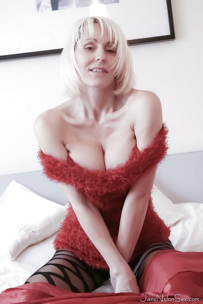 Jan Burton Nude Photos 46
