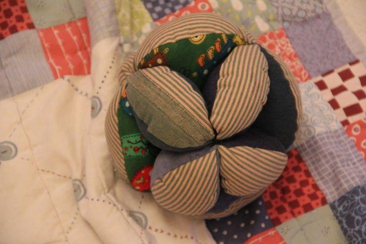 Greifball für Babys