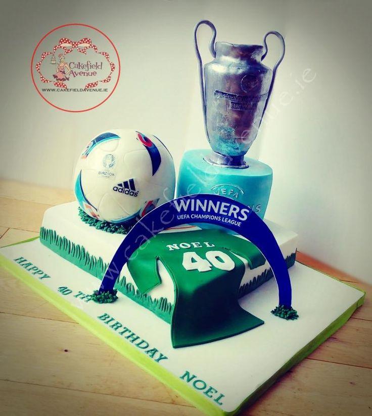 FOOTBALL+UEFA+CAKE+-+Cake+by+Agatha+Rogowska+(+Cakefield+Avenue)