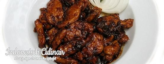 Ayam Betawi - Pittige kipfilet in een ketjapsaus - Spicy chicken in a sweet soy sauce