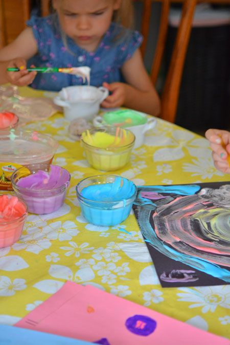 Kids playing with DIY puffy paint