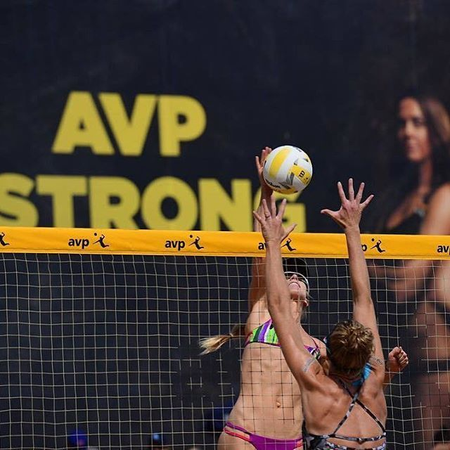 Beach Blanket Volleyball: 11 Best Beach Volleyball Players In Action Images On