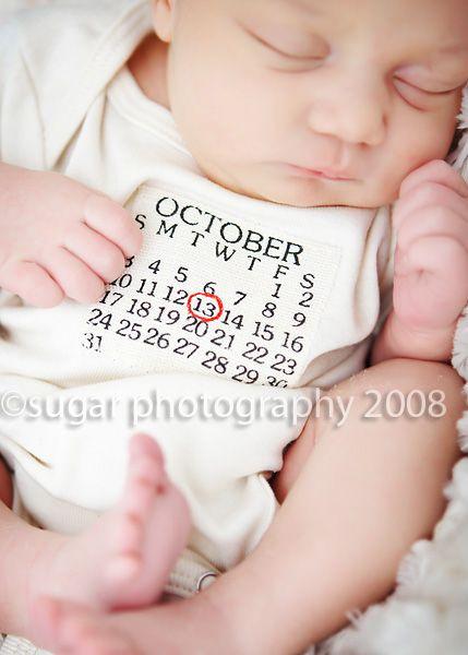 Such a cute idea!Birthday, Births Announcements, Photos Ideas, Newborns Photos, Cute Ideas, Baby Announcements, Newborns Pics, Birth Announcements, Baby Gift