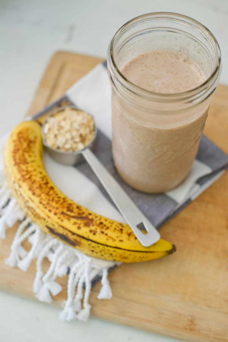 2 Scoops Plant-Based Protein Powder 1 tbsp Barney Almond Butter ½ Banana 2 Handfuls Spinach 12 ounces Almond Milk 1 tbsp Raw Cacao