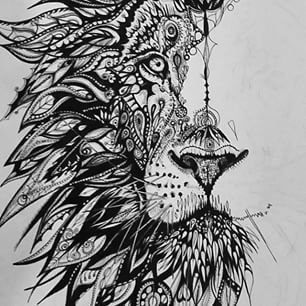 What I like: I love lions. I think they are a very powerful yet beautiful creature! What struck my fancy: How much detail and how many layers there are to give the full effect of a lion main. What is interesting: How it is only half of the lions face and it is mysterious.