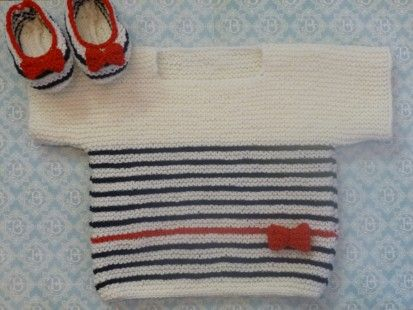 *La collection Layette* Couleur : bleu marine, écru et rouge Matière : 100 % mérino Taille : 3 mois Pull tube tricoté en laine 100% Mérino, 100% douceur ! Idéal pour - 2992731
