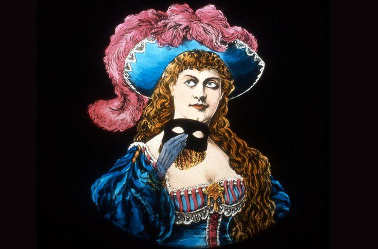 Il 23 Aprile alle ore 17.00 Laura Minici Zotti farà una proiezione con la Lanterna Magica al Teatro Verdi! Prenotazione biglietti sul sito del Teatro o presso la biglietteria del Verdi!! #LanternaMagica #TeatroVerdi #proiezioneeccezionale #23Aprile