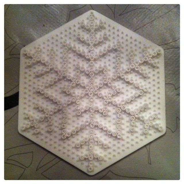 Snowflake hama beads by kreativhobbyoginterior