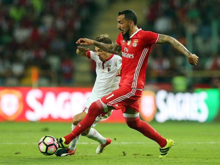 #SZ | #Benfica #siegt #vor #Champions #League #Duell #gegen #Dortmund        #Borussia #Dortmunds Champions-League-Gegner #Benfica Lissabon #hat #die Generalprobe #fuer #das Achtelfinal-Hinspiel #in #der Fussball-Koenigsklasse souveraen #gewonnen. #Trotz Unterzahl setzten #sich #die Portugiesen #gegen #den #FC Arouca #mit 3:0 (2:0) #durch.                  http://saar.city/?p=42450