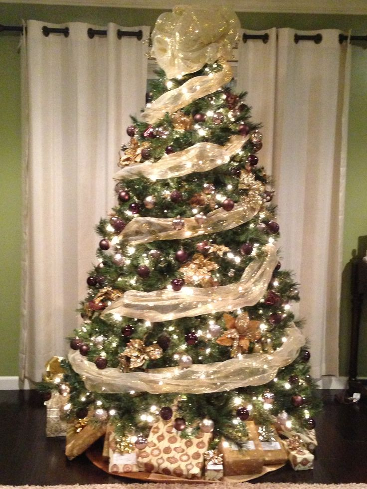 17 best images about christmas trees on pinterest trees Brown and gold christmas tree
