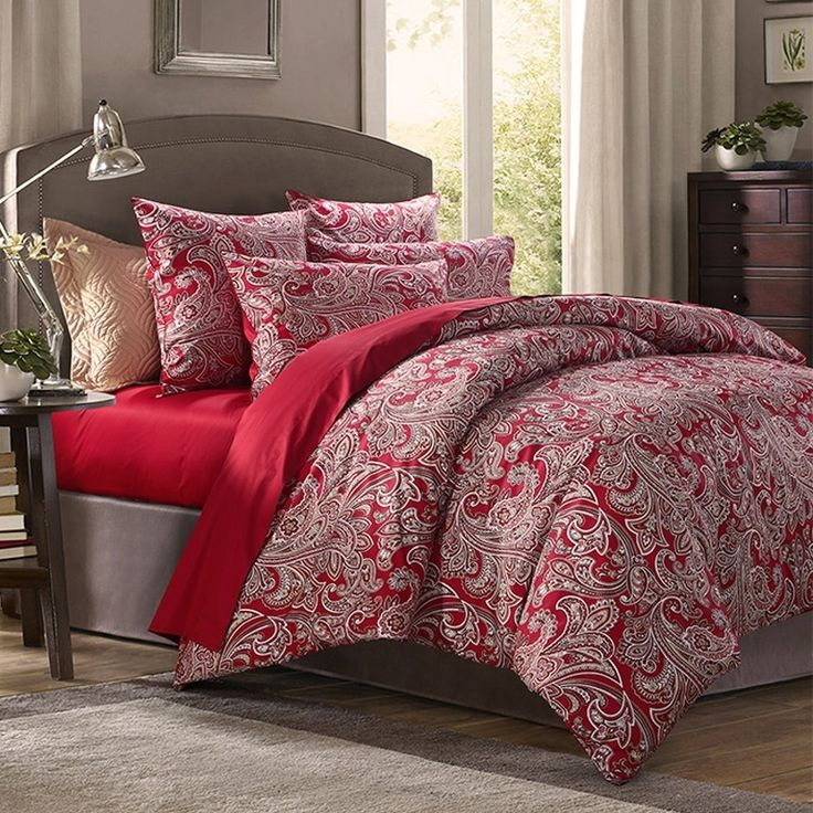 Dark Red and White Vintage Paisley Pattern Arabian Inspired Noble Excellence Reversible 100% Egyptian Cotton Full, Queen Size Bedding Sets