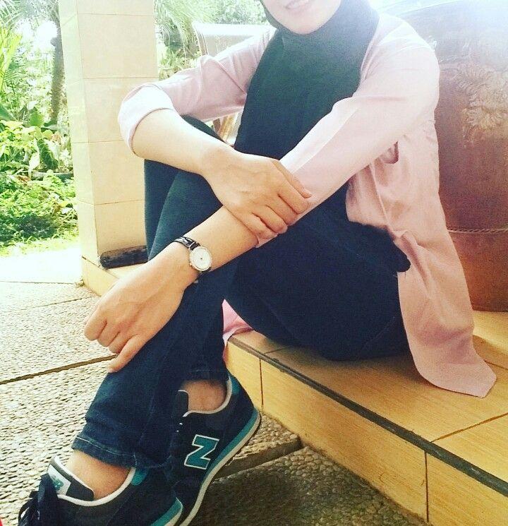 Hijab, sneakers