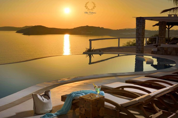 Royal  Blue Villas Collection in #Mykonos !!! This is the end result of a true Luxury Villas Portfolio Expertly Run by a Caring Competent Management.  Glorious Views from your Plush Accommodations, Fine Dining, Private Infinity Pool and so Much More.... #RoyalBlueCollection #LuxuryVillas #NewTycoonPortfolio  Learn More ➲ https://www.bluecollection.gr/property-status/villa-rentals/?location=mykonos   Cheers from #BlueCollection #Greece !!! #Selective #RealEstate #Luxury #Villa #VillaRentals…