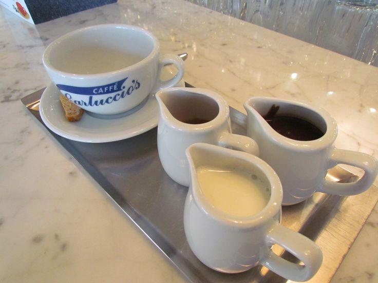 Geleneksel espresso, Florentine kakaolu sıcak çikolata ve krema... Bicerin çok seveceğiniz bir lezzet!#CarlucciosTR #coffee #italian #bicerin