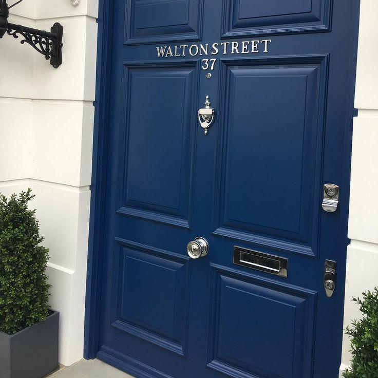 #london #waltonstreet @divinedesignas @hildeeckhoff @corneliathranesteen @cornelialorange