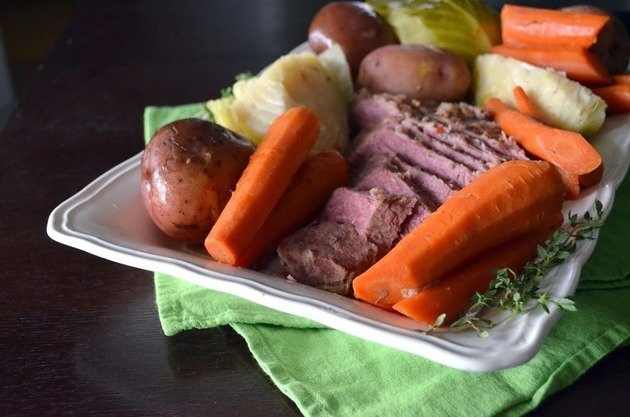 Slow Cooker Corned Beef & Cabbage | People either love or hate Corned Beef. As picky of a meat eater that I am, I love Corned Beef. Corned Beef and Cabbage is probably one of my favorite meals to eat and yet I neglect to make it but only once a year. | From: foodfanatic.com