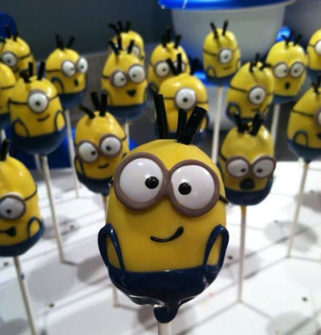 Images Of Minion Cake Pops : 1000+ ideas about Minion Cake Pops on Pinterest Cakepops ...