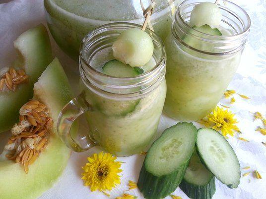 Receta: Agua fresca de melón con pepino y menta