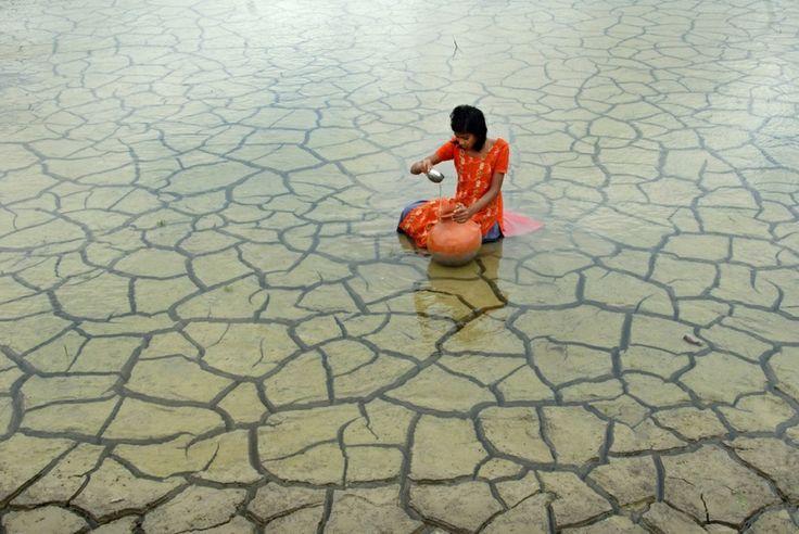 Rainwater Collection, 2012 by Prasanta Biswas // Atkins CIWEM Environmental Photographer of the Year 2014 Shortlist