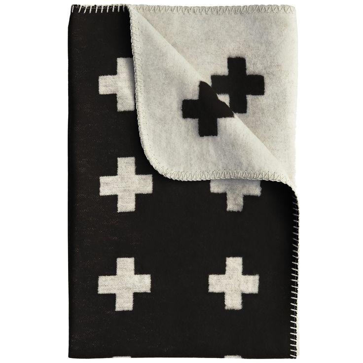 Cross pledd 150x240 cm, svart i gruppen Tekstil / Pledd & Pynteputer hos ROOM21.no (1023707)