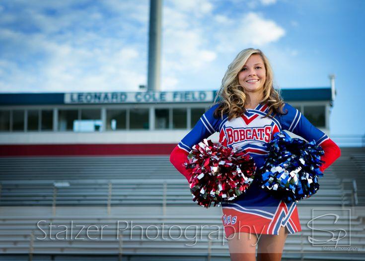 cheerleader stadium senior pictures