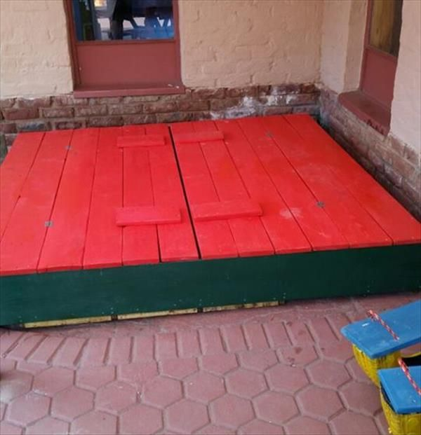 upcycled pallet sandbox