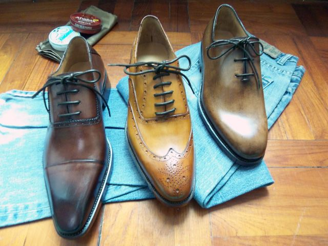 made to hand shoe dark brown