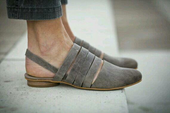 Super cute shoes. Love the color