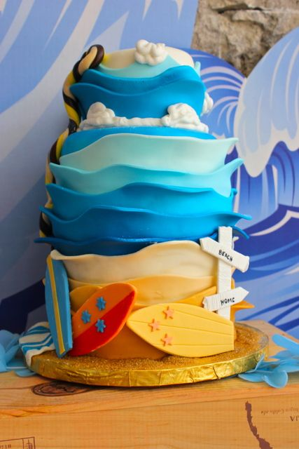 Amazing cake at a Surf Party #surf #partycake