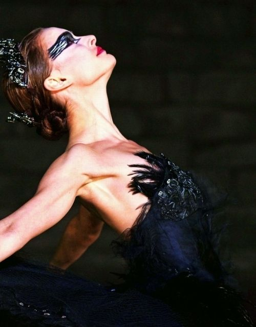 Best Actress 2011 - Natalie Portman as Nina Sayers in Black Swan   (Oscars/Academy Awards)