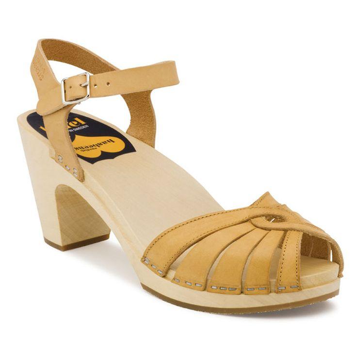Top 5 Unique Wedding Shoes - www.thebadbride.com