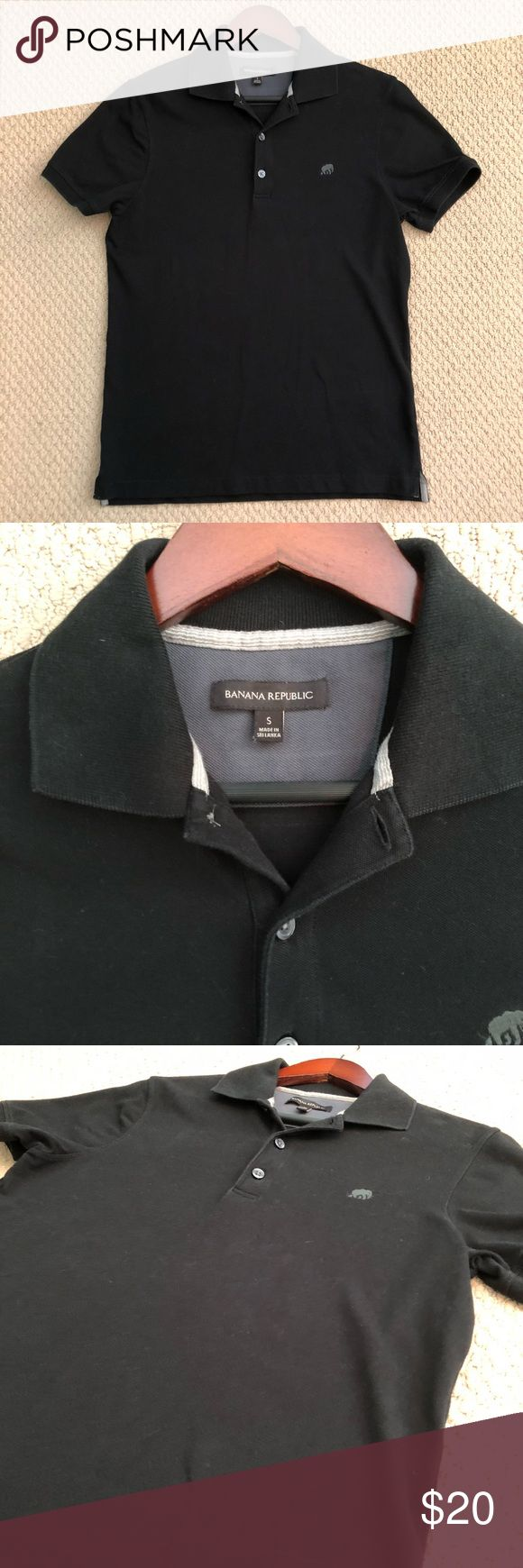 SALE! EUC Solid Black Banana Republic Polo Shirt This polo shirt from Banana Republic is in excellent condition! It's solid black and features the Banana Republic elephant logo on the left chest. Perfect! Size Small Banana Republic Shirts Polos