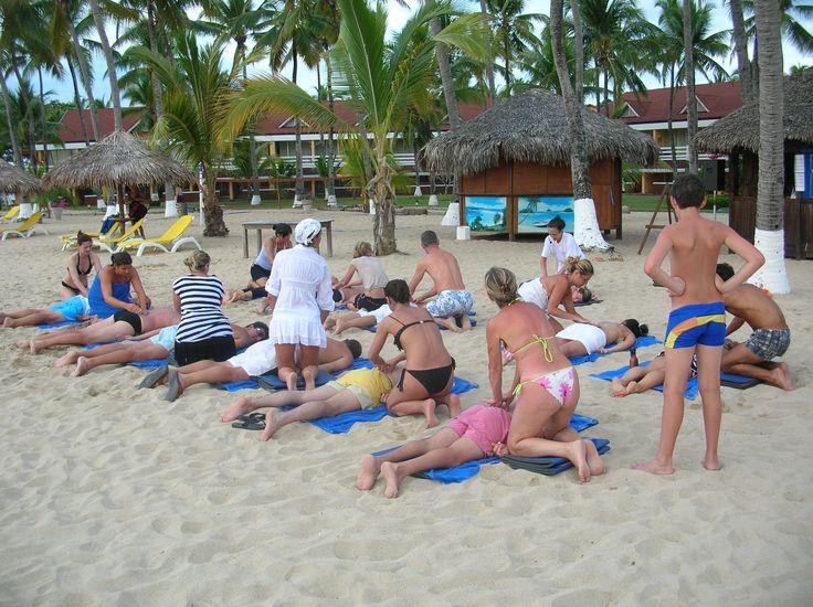 Villaggi Bravo - Gruppo Alpitour- Madagascar - easy couple back massage